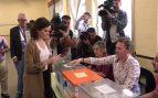 Elecciones 2019: Díaz Ayuso acude a votar en su colegio electoral de Madrid
