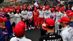 Emotivo minuto de silencio en recuerdo a Niki Lauda. (AFP)