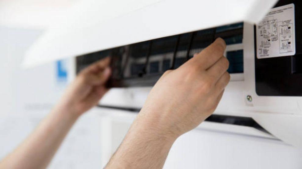 Guía de pasos para saber cómo limpiar el aire acondicionado de forma fácil