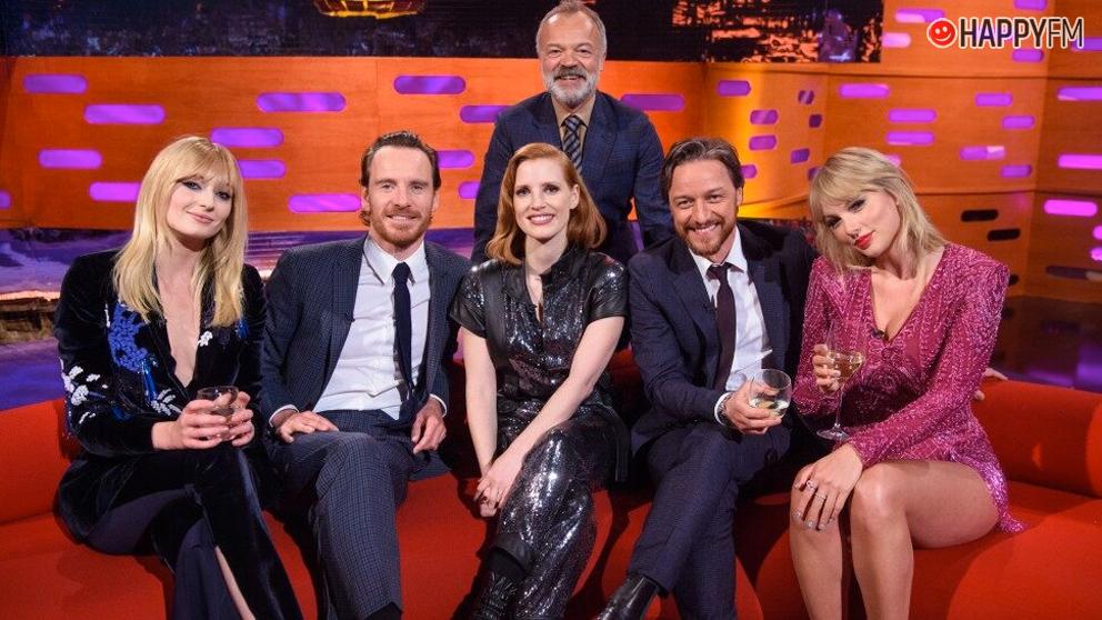 Sophie Turner y Taylor Swift coincidiendo en una famoso programa televisivo