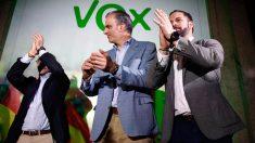 Javier Ortega Smith y Santiago Abascal celebrando los resultados de las elecciones autonómicas y municipales 2019. Foto: EP