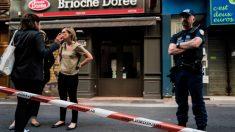 El lugar donde se despositó el paquete bomba en una calle de Lyon, en Francia. Foto: AFP