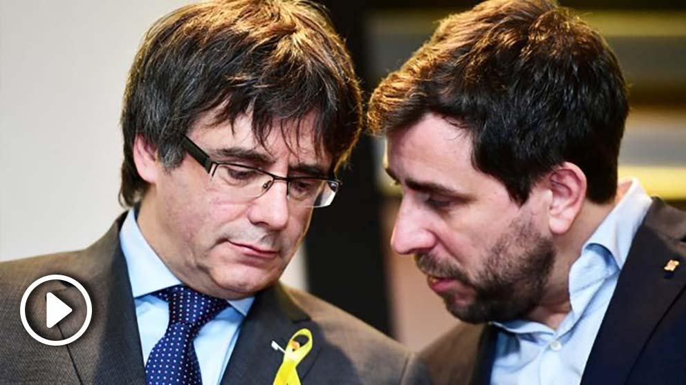 Carles Puigdemont y Toni Comín. (Foto: AFP)   Última hora Cataluña