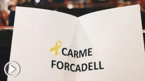 Uno de los votos simbólicos efectuados por JxCAT, ERC y CUP a la ex presidenta del Parlament en prisión, Carme Forcadell. Foto: EP