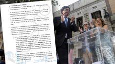 Carles Puigdemont junto a una urna con papeletas