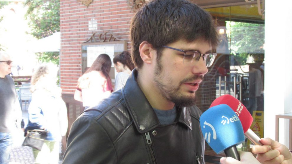 El coordinador general de Podemos Euskadi y portavoz parlamentario de Elkarrekin Podemos, Lander Martínez. Foto: EP