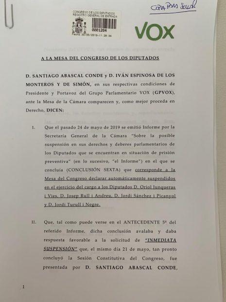 Vox pide al Congreso quitar los 5.000 € de sueldo que quieren cobrar los diputados golpistas suspendidos