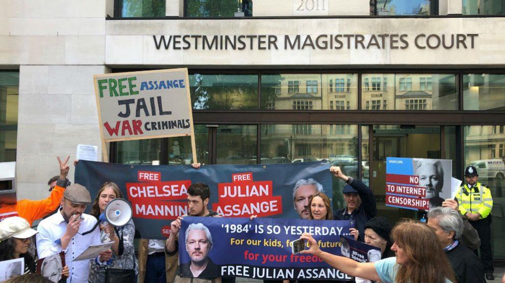 Manifestantes a favor de la liberación de Julian Assange. Foto: Europa Press