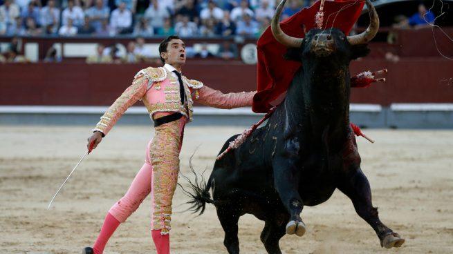 Una sola oreja, escueto balance para Paco Ureña en una corrida de Alcurrucén que ofreció más