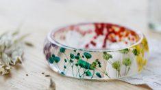 Pasos para hacer una pulsera de flores de resina