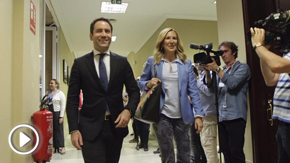 Teodoro García Egea en los pasillos del Congreso de los Diputados. Foto: Francisco Toledo.