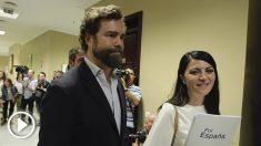 Espinosa de los Monteros y Macarena Olona (Vox) en el Congreso. Foto: Francisco Toledo.