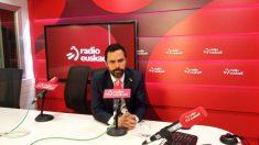 Roger Torrent durante la entrevista en Radio Euskadi.