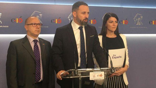 Santiago Abascal, en rueda de prensa en el Congreso de los Diputados. (Foto: Europa Press)