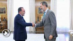 El Rey con el presidente de UPN, Javier Esparza