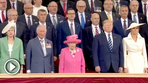 La Reina Isabel y Donald Trump, en el aniversario del desembarco de Normandía.