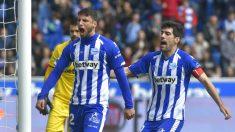 Jonathan Calleri celebra un gol con el Alavés al Leganés (AFP)