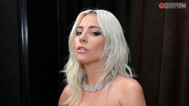 Lady Gaga y sus estilismos, ¿comparados con un iPhone?