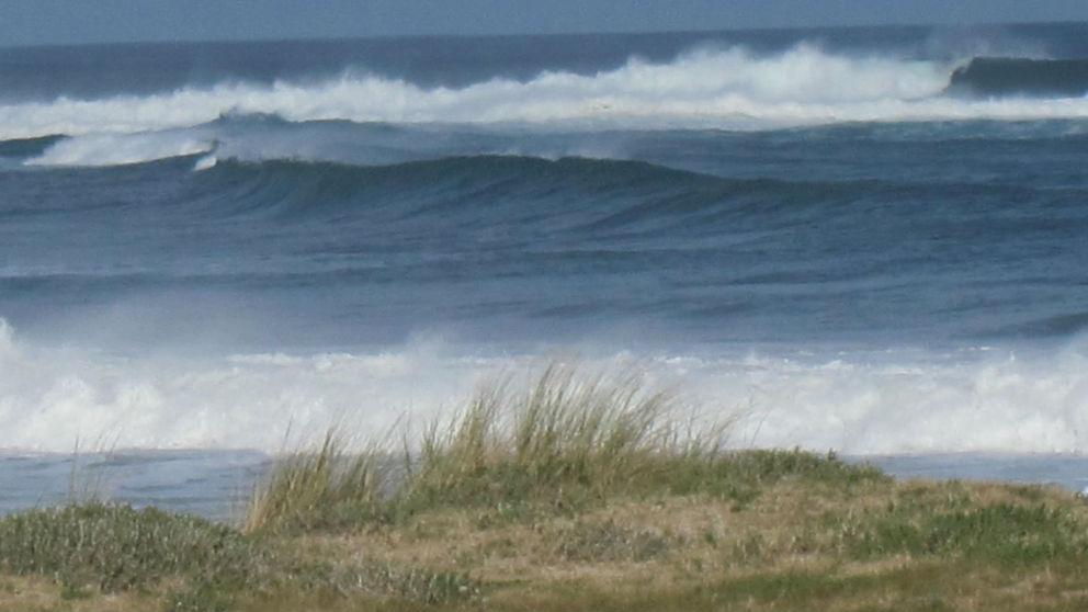 Mar enbravecido por fuertes rachas de viento