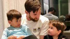 Leo Messi, con sus hijos Thiago y Mateo. (@leomessi(