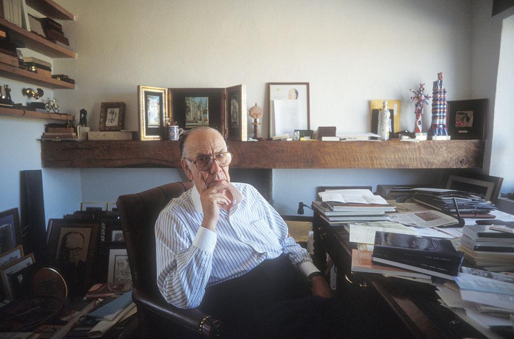 Camilo José Cela, escritor en Italia. @Getty