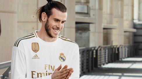 Gareth Bale, con la nueva camiseta del Real Madrid. (@garethbale11)