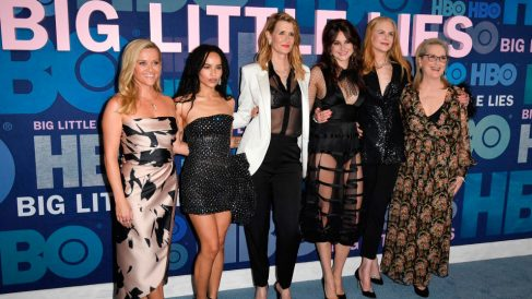 Las protagonistas de 'Big Little Lies' (HBO): Reese Witherspoon, Zoe Kravitz, Laura Dern, Shailene Woodley, Nicole Kidman y Meryl Streep. Foto: AFP