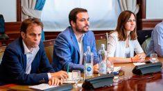 Los dirigentes de Unidas Podemos Jaume Asens, Alberto Garzón e Ione Belarra (i a d), durante la reunión de la mesa política Confederal para las negociaciones de Gobierno, este viernes en Madrid. Foto: EFE