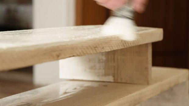 pintar un mueble lacado