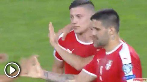 Jovic marcó su primer gol como madridista con Serbia.