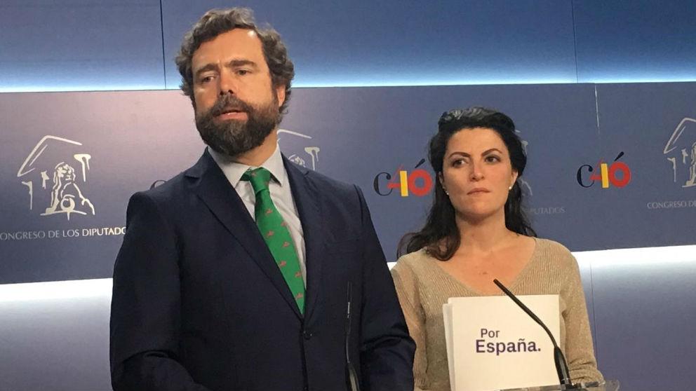 Iván Espinosa de los Monteros y Macarena Olona, en el Congreso de los Diputados.