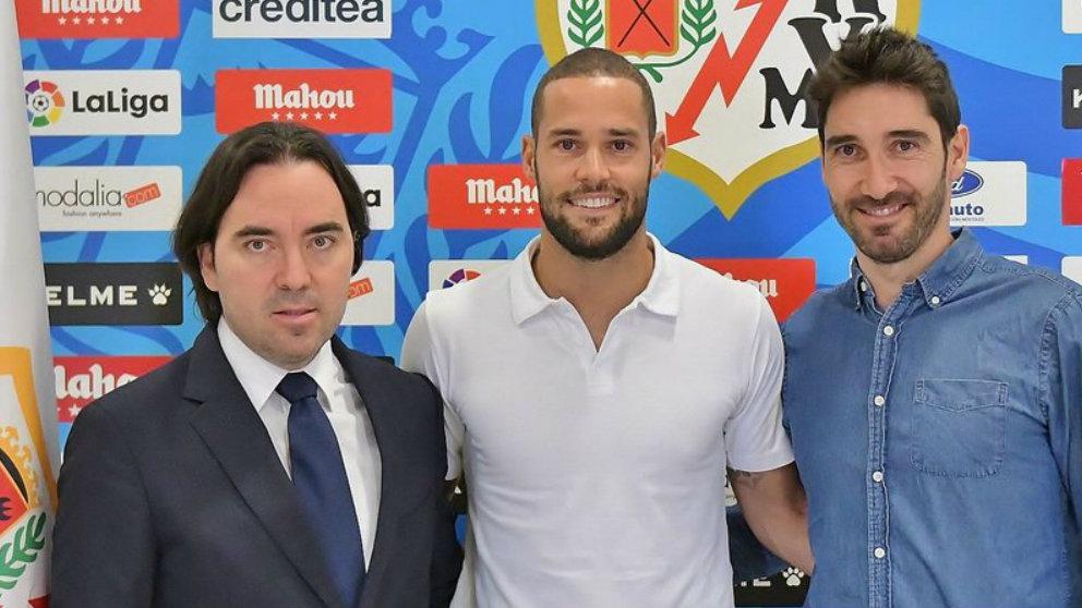 Mario Suárez renueva hasta 2022 con el Rayo Vallecano (@RayoVallecano)