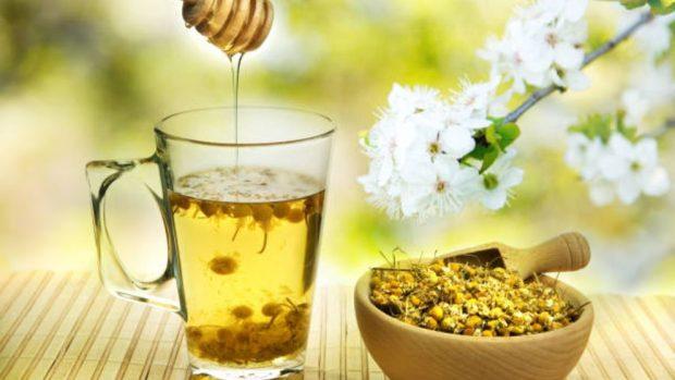 Remedios naturales y riesgos de la tos durante el embarazo