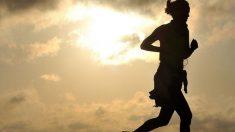Viene una época de sol y calor. Y conviene seguir con nuestras rutinas deportivas para encontrarnos mejor y no aumentar de peso.