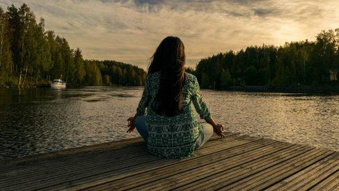Descubre qué es la meditación digital