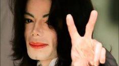 El 13 de junio de 2005, Michael Jackson fue declarado inocente de todos los cargos después de ser juzgado por abuso infantil