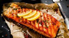 Receta de salmón a las finas hierbas