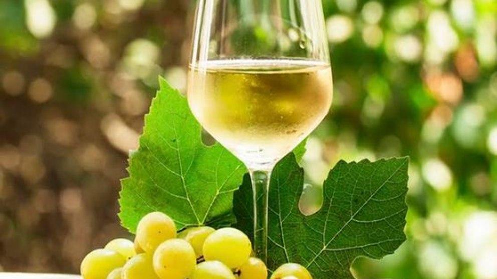 Por su sabor, estos vinos van bien con los aperitivos.