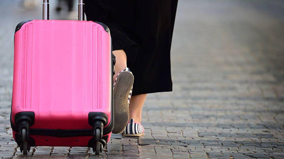 Las aerolíneas de bajo coste comienzan a cobrar por la maleta de mano.