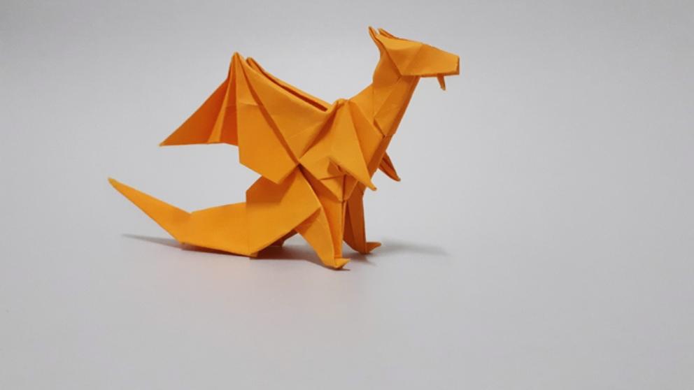 Pasos para hacer un dragón de origami