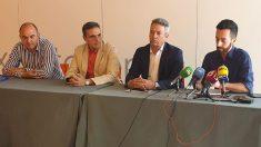 Miembros de la directiva de PP y C's de Ibiza en rueda de prensa. Foto: EP