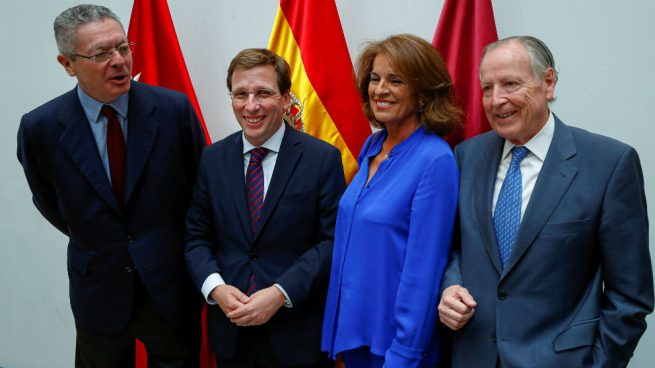 Almeida se une a la dinastía de alcaldes del PP que inauguró Álvarez del Manzano en 1991