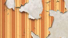 Aorende cómo tapar agujeros en el papel pintado de la pared
