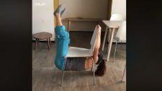 Facebook: El reto viral de la silla que solo las mujeres consiguen