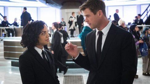 El célebre actor Chris Hermsworth protagoniza esta nueva entrega de 'Los hombres de negro'.