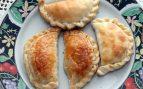 Empanadillas rellenas de manzana y frutos secos
