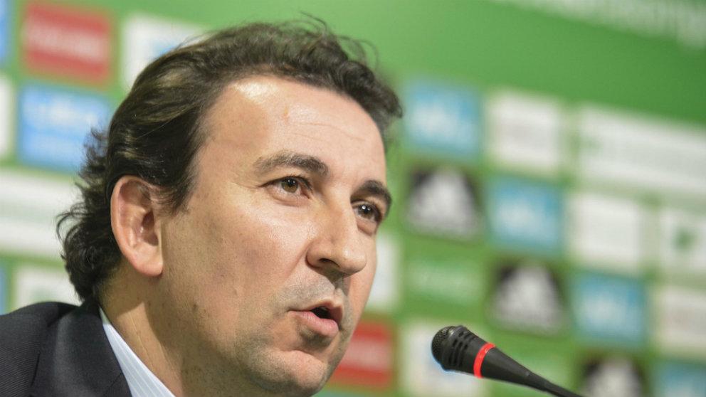 José Miguel López Catalán, en una rueda de prensa en el Estadio Benito Villamarín (Real Betis)