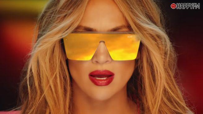 Jennifer Lopez y el selfie con un espectacular modelo sin ropa interior que está dando que hablar