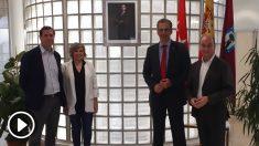 Javier Ortega Smith y los concejales de Vox en el Ayuntamiento de Madrid.