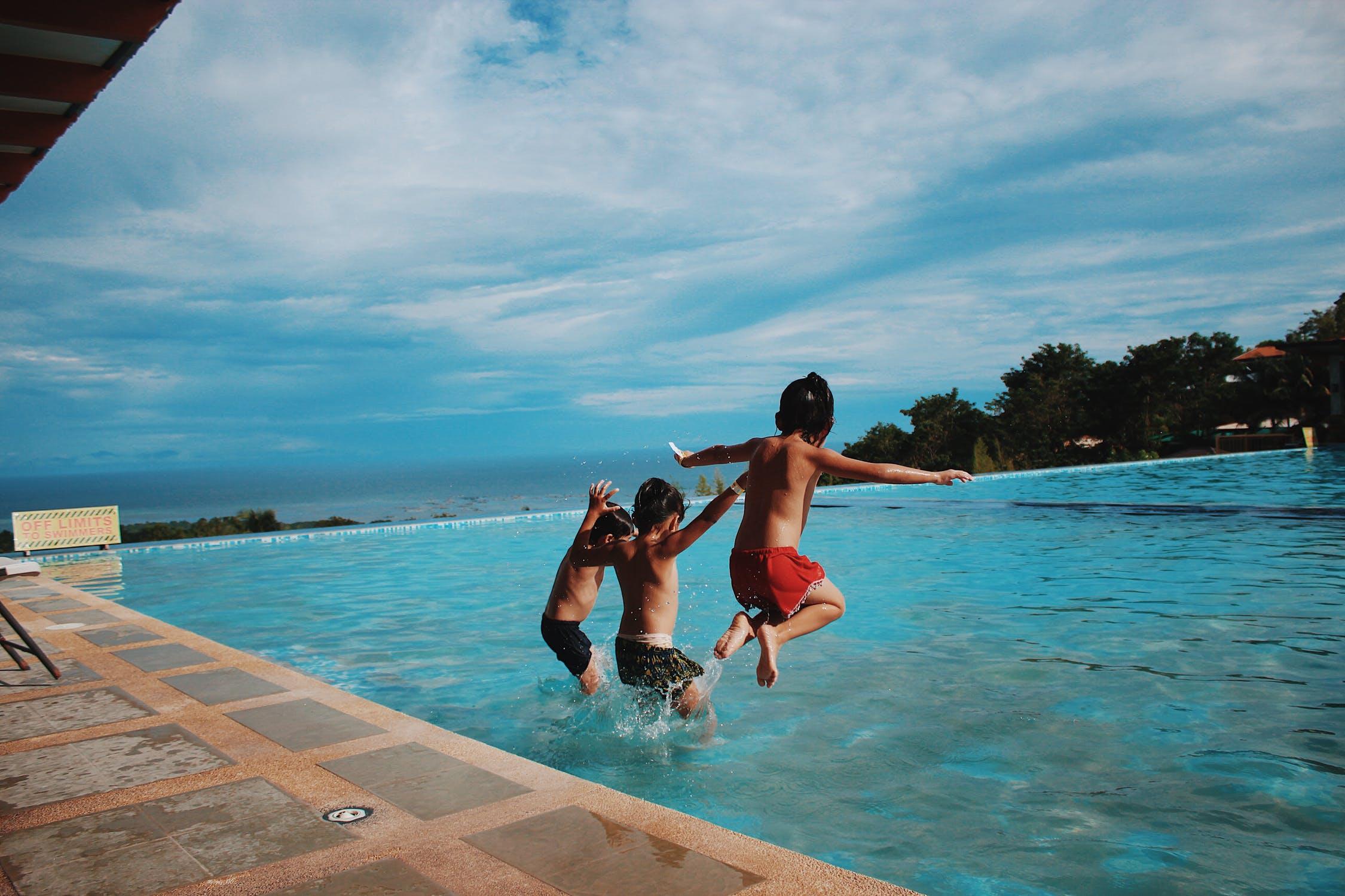 Éstos son los mejores consejos de prevención en la piscina